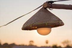 Les lampes sont tissées du bambou Images libres de droits