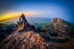 les las de de nieves le pico Beau lever de soleil sur le sommet le plus élevé de l'île de Canaria de mamie Image stock