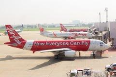 Les lignes aériennes attend décollent Photos stock