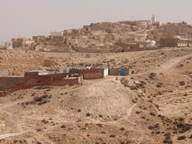 Les logements détruits des berbers image stock