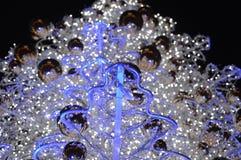 Les lumières de l'arbre de Noël photographie stock libre de droits