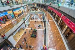 Les magasins chez Marina Bay Sands à Singapour Photo stock