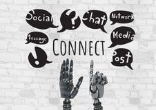Les mains d'Android et relient le texte aux graphiques sociaux de dessins de media Images stock