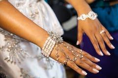 Les mains de la belle femme Photographie stock libre de droits