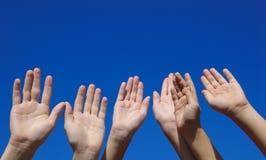 Les mains des enfants Images libres de droits
