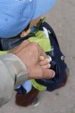 Les mains du père et du fils Images libres de droits