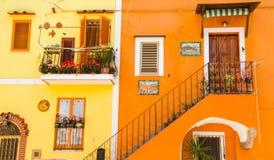 Les maisons colorées de Procida Photographie stock