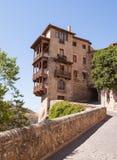 Les maisons s'arrêtantes de Cuenca Photos stock
