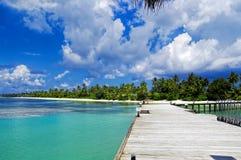 Les Maldives - jetée ensoleillée Images libres de droits
