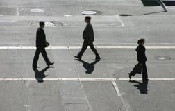 Les marcheurs en travers Photo libre de droits