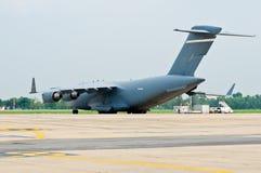 Les militaires transportent des aéronefs Photographie stock