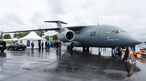 Les militaires transportent des avions Antonov An-178 Photo stock