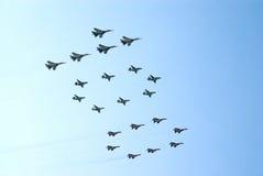 Les militaires voyagent en jet la forme le numéro 100 Photo stock