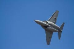 Les militaires voyagent en jet sur la formation Photographie stock libre de droits