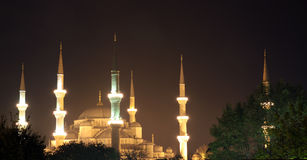 Les minarets de la mosquée bleue, Istanbul. images libres de droits