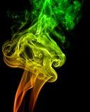 Les modèles et les formes élégants de la fumée Photos stock