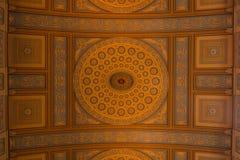 Les modèles sur le plafond d'une chapelle Photo libre de droits