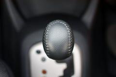Les modes de commutation de mécanisme de la voiture de transmission automatique Images libres de droits