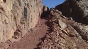 Les montagnes antiques de Sinai Égypte banque de vidéos