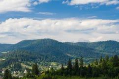 Les montagnes carpathiennes 40 Photos libres de droits