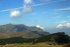 Les montagnes carpathiennes de Roumanie Image libre de droits