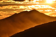Les montagnes chez au nord de la Russie Image stock