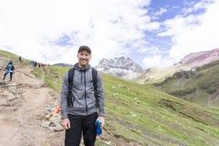 Les montagnes d'arc-en-ciel du Pérou Images stock
