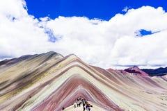 Les montagnes d'arc-en-ciel du Pérou Images libres de droits