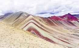 Les montagnes d'arc-en-ciel du Pérou Photo libre de droits