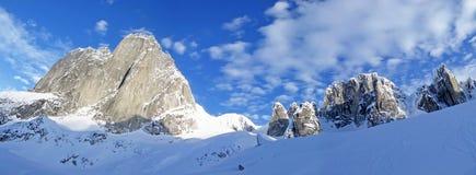 Les montagnes de flèches de Bugaboo, une gamme de montagne dans les montagnes de Purcell, parc provincial de Bugaboo, Britisch Co photo stock