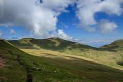 Les montagnes de la fan du stylo y et du maïs du dans les balises de Brecon Images libres de droits