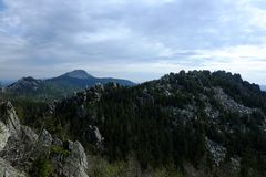 Les montagnes des Monts Oural du sud Ridge Taganay photographie stock