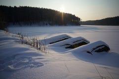 Les Monts Oural congelés. image stock