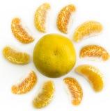 Les morceaux d'orange crée au soleil Photos libres de droits