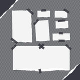 Les morceaux de note blanche de blanc différent de taille, carnet, feuilles communes, bandes ont collé avec la bande collante sur Image stock