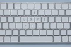 Les mots je t'aime sur le clavier d'ordinateur avec d'autres verrouille supprimé Photographie stock libre de droits