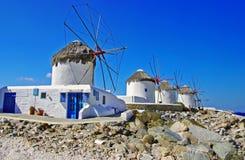 Les moulins à vent de Mykonos images libres de droits