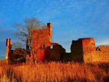 Les murs antiques de la forteresse à l'arrière-plan Images libres de droits