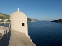 Les murs de Dubrovnik, Croatie le soir Images stock
