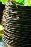 Les nervures de feuille de noix de coco pour des plats image stock