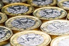 Les nouveaux Anglais une livre Sterling Coin Chart Rate Images libres de droits
