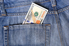Les nouveaux cent billets d'un dollar des États-Unis ont mis dans la circulation dans le 20 octobre Photographie stock libre de droits
