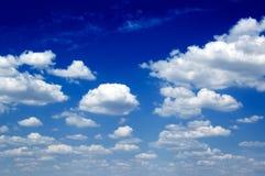 Les nuages. photographie stock