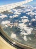 Les nuages pilotent le tir Images stock