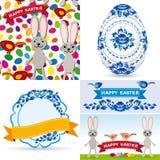 Les oeufs traditionnels figés de Pâques, gzhel fleurit, des oiseaux, lapins, modèle sans couture, étiquettes, rubans Photos stock