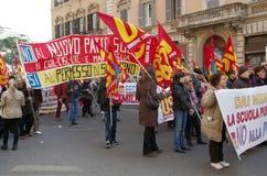 Les ouvriers publics frappent à Rome Images libres de droits