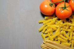 Les pâtes avec des légumes Photo stock