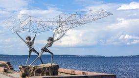Les pêcheurs de fer ont moulé un chalut Image libre de droits