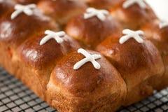 Les pains de Hotcross ont glacé photo libre de droits