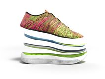 Les paires de chaussures roses de sport par les couches 3d rendent sur le fond blanc Images stock